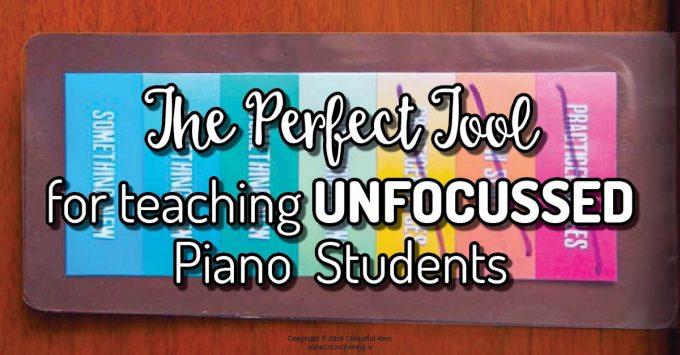 Piano lesson focus aid