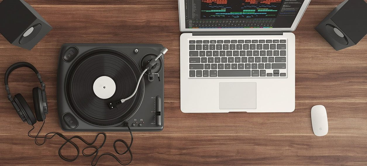 record-player-and-mac