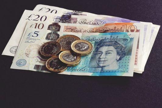 bank-notes-1791583